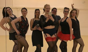 How I shimmed off a burlesque class in Prague
