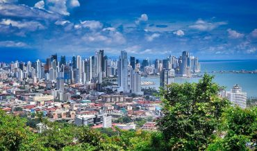 Travellers welcomed back to Panama after seven months