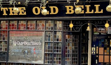 Has time been called on legendary Fleet Street pubs?